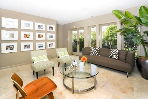 Amoroso Design contemporary family room