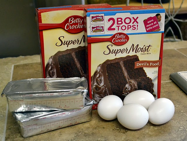 Cake Mix Whoopie Pie ingredients