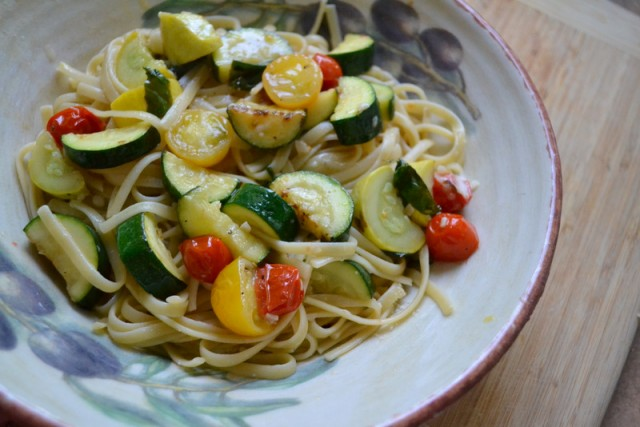 Summer Spaghetti: Easy, Healthy Vegetable Pasta - Recipe - Little Miss ...