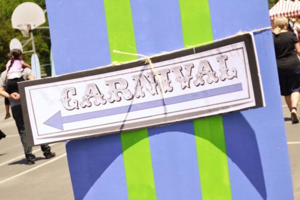 carnivalsign