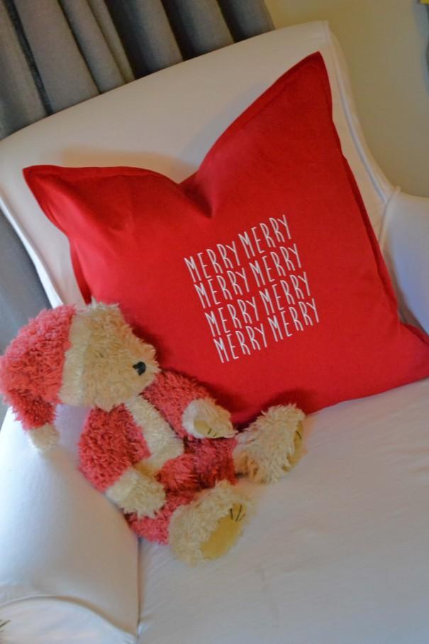 merry merry pillows
