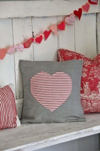 sew a heart pillow