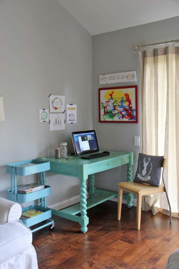 desk area after 3