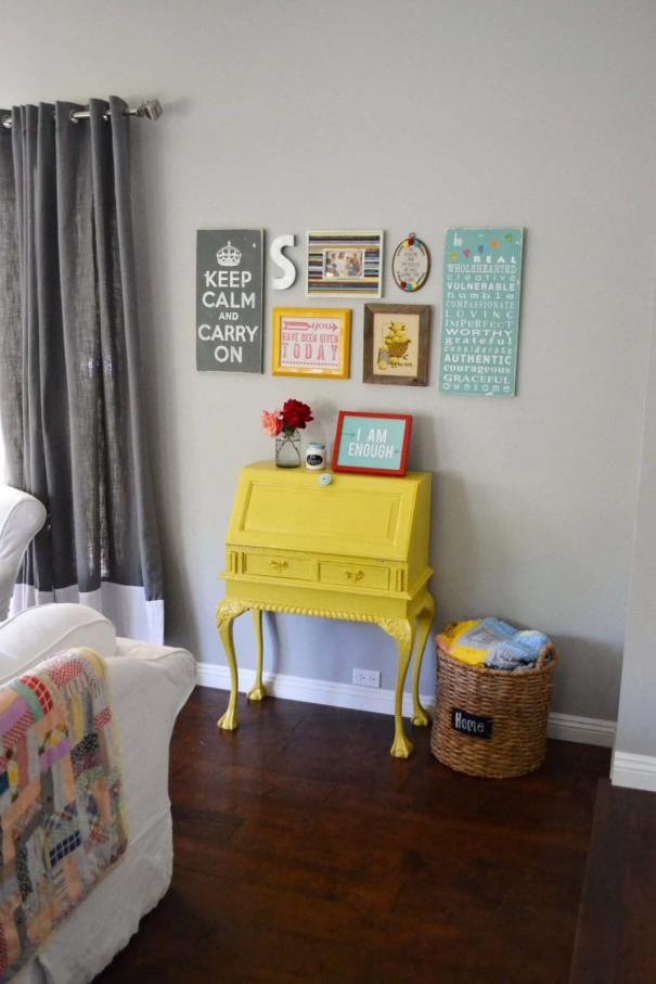 livingroom1-605x907