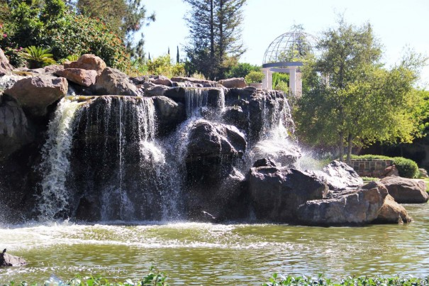 fs westlake village waterfall