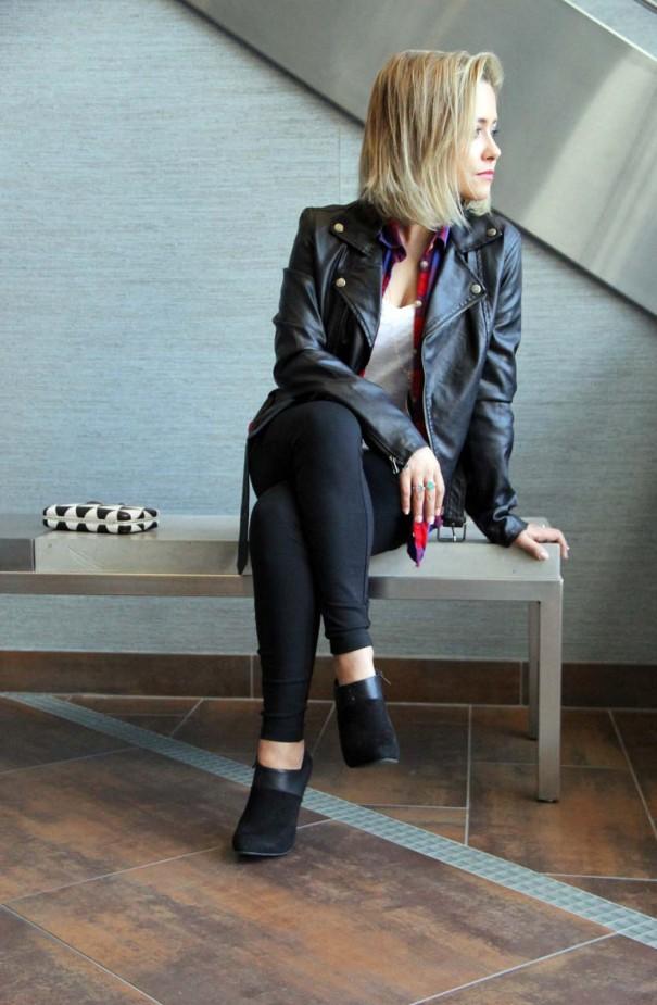 jjill black pants sitting