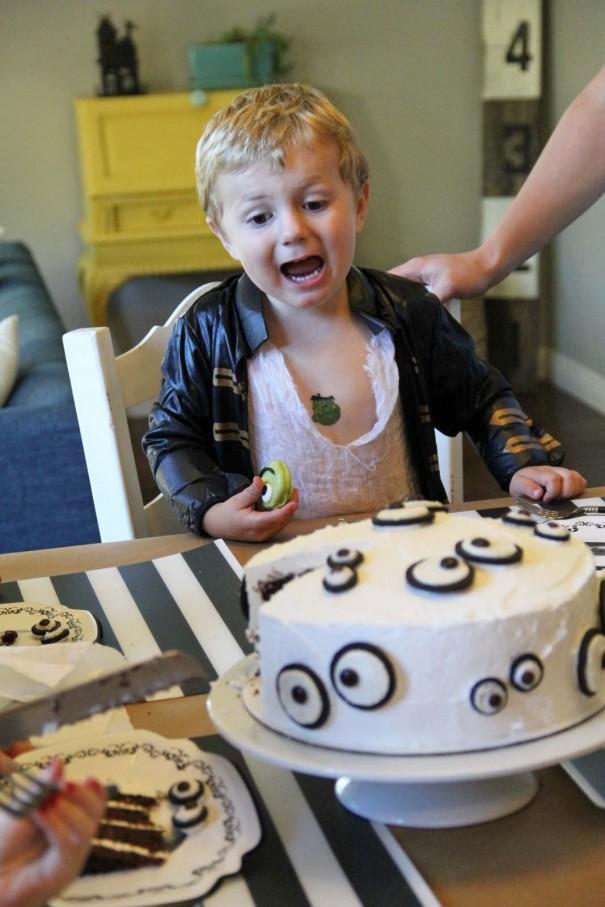 kids having cake