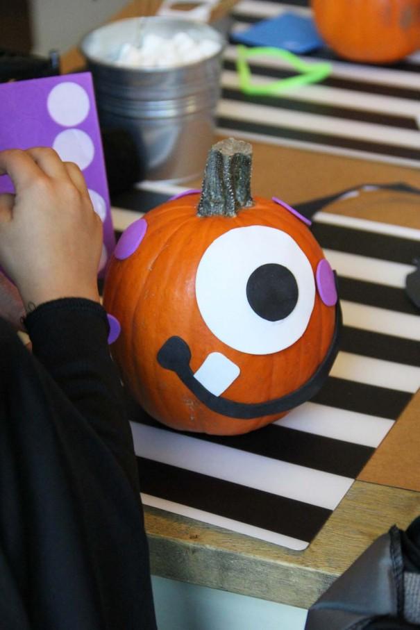 pumpkin decorating for kids