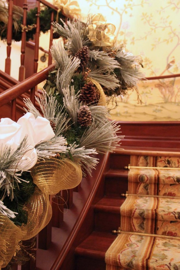 four seasons holiday decor