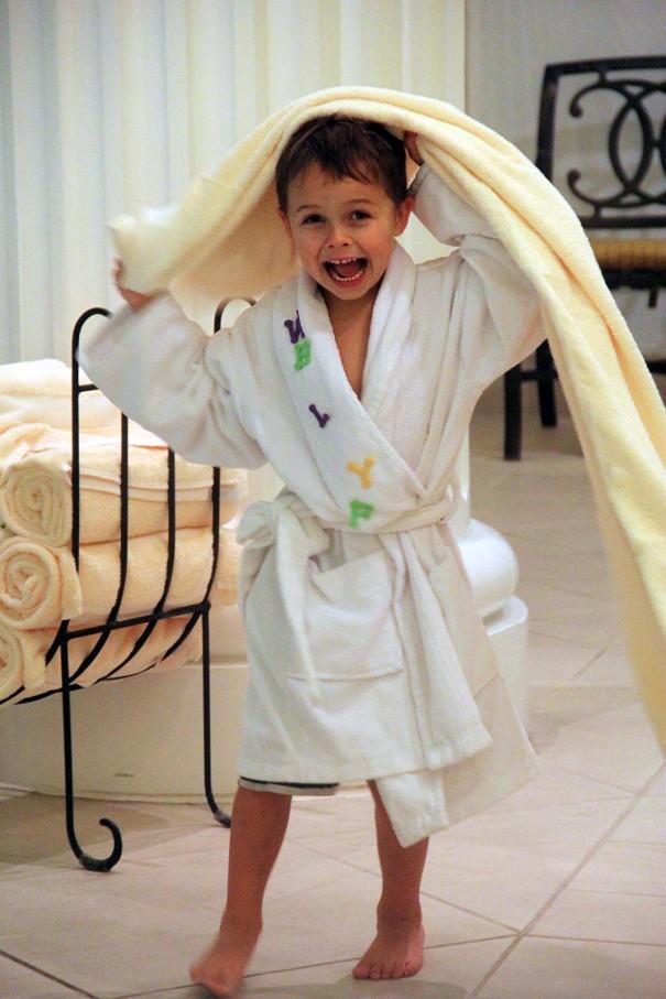 wesley robe
